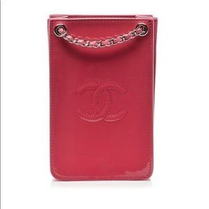NEW Chanel Pink Patent Leather Phone Holder Bag
